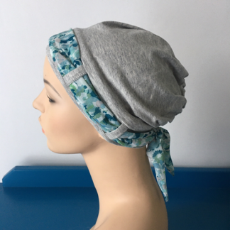 Light-Grey Landa with Teal scarf